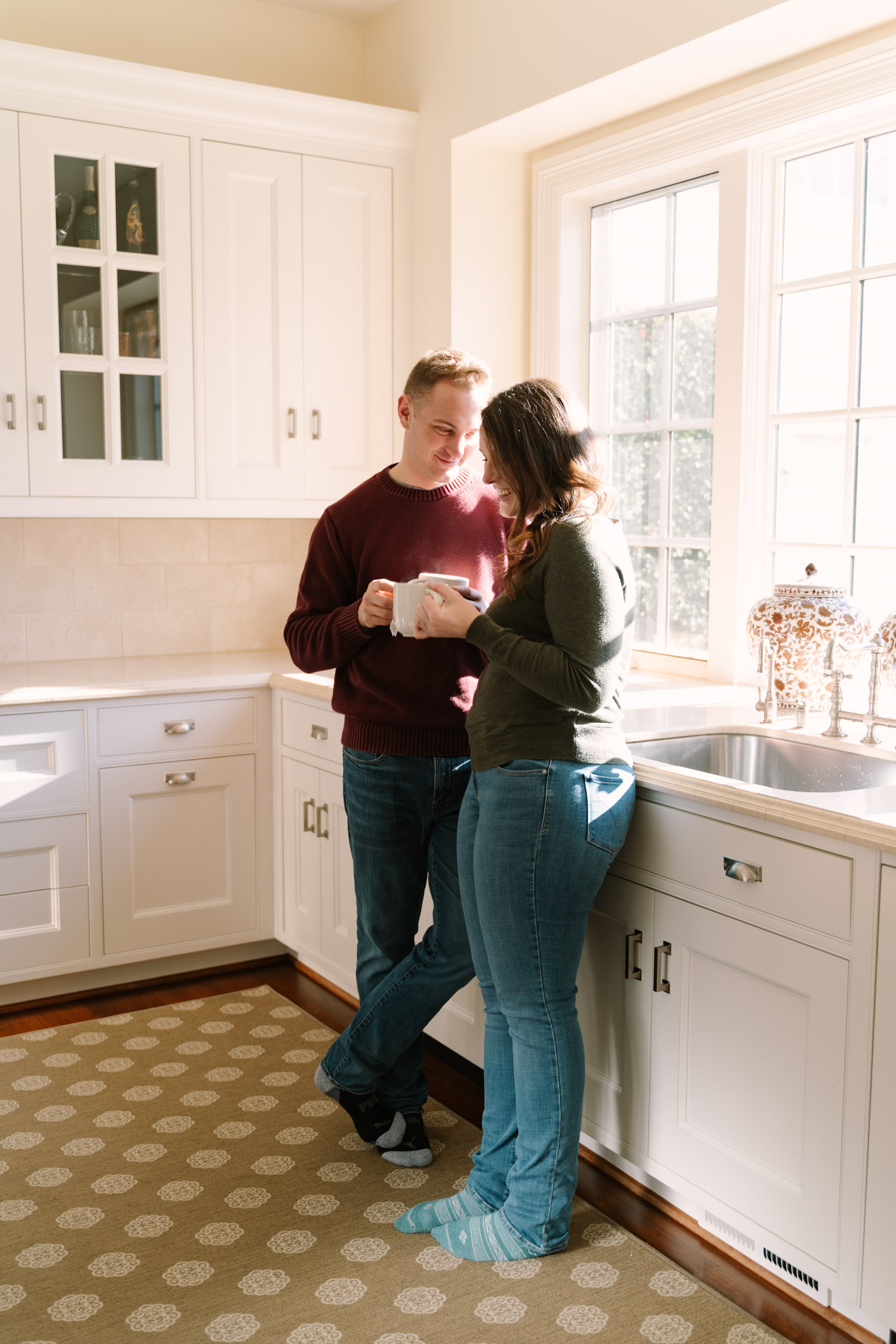 Coffee and Love - Engagement shoot